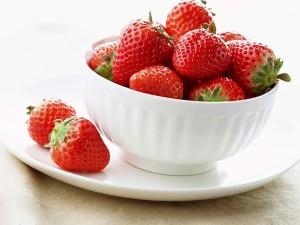 strawberry yogurt ice-cream